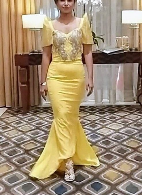 Sexy Stef in her yellow modern Filipinana gown!!!